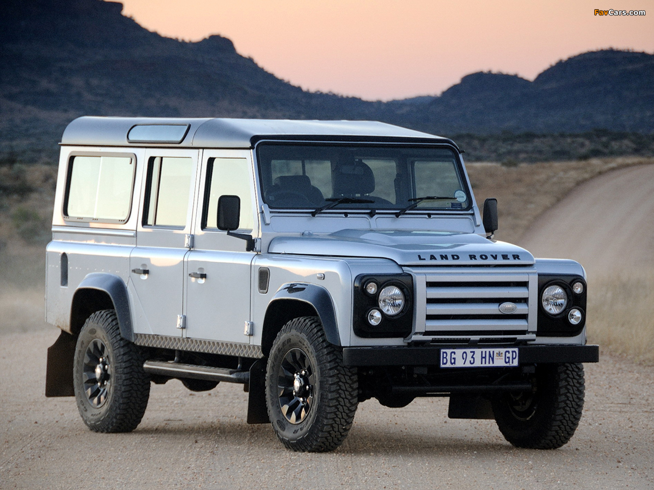 Pictures of Land Rover Defender 110 Limited Edition 2011 (1280 x 960)