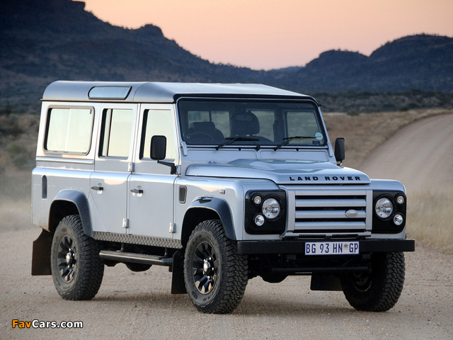 Pictures of Land Rover Defender 110 Limited Edition 2011 (640 x 480)