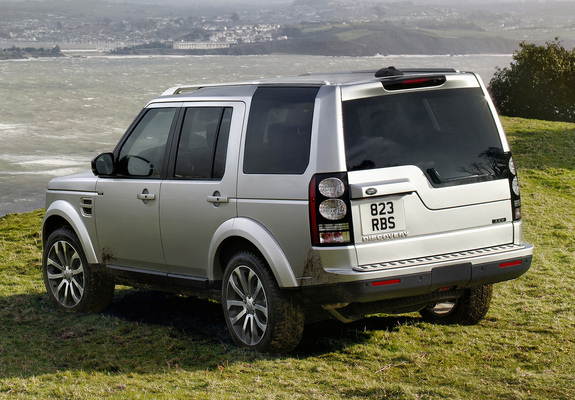https://img.favcars.com/land-rover/discovery/pictures_land-rover_discovery_2014_1_b.jpg