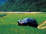 Land Rover Freelander 3-door 2003–06 pictures