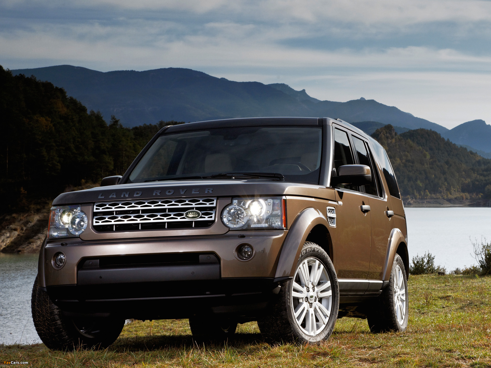 Land Rover LR4 2009 pictures (2048 x 1536)