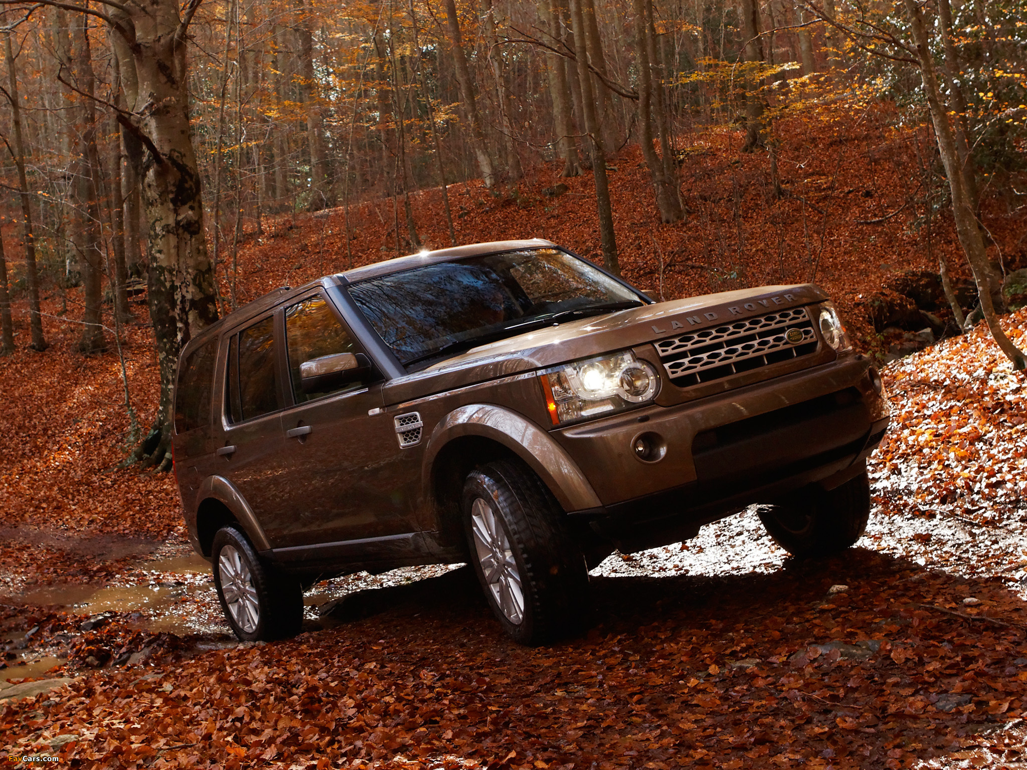 Land Rover LR4 2009 wallpapers (2048 x 1536)