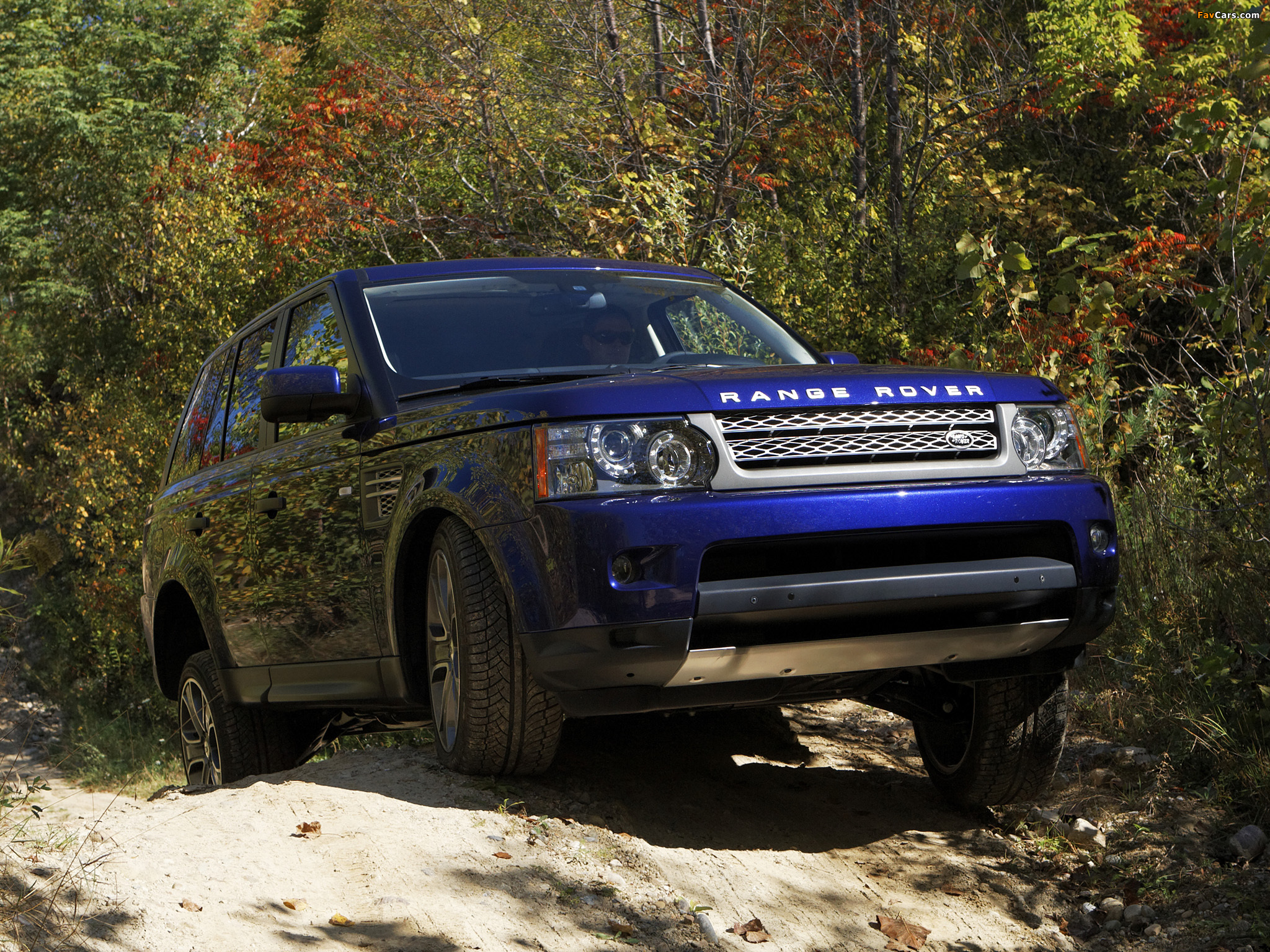 Land Rover Sport >> Photos of Range Rover Sport Supercharged US-spec 2009–13 (2048x1536)
