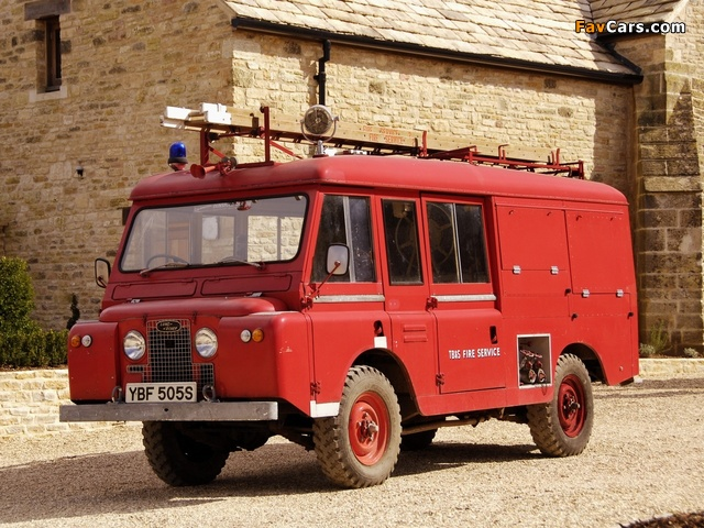 Land Rover Series IIA Forward Control Fire Service 1966 wallpapers (640 x 480)