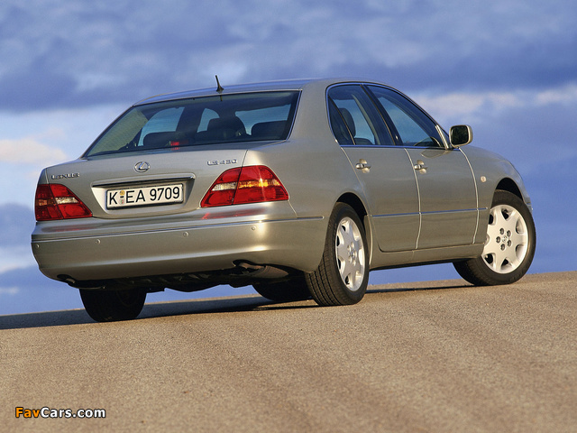 Images of Lexus LS 430 EU-spec (UCF30) 2000–03 (640 x 480)