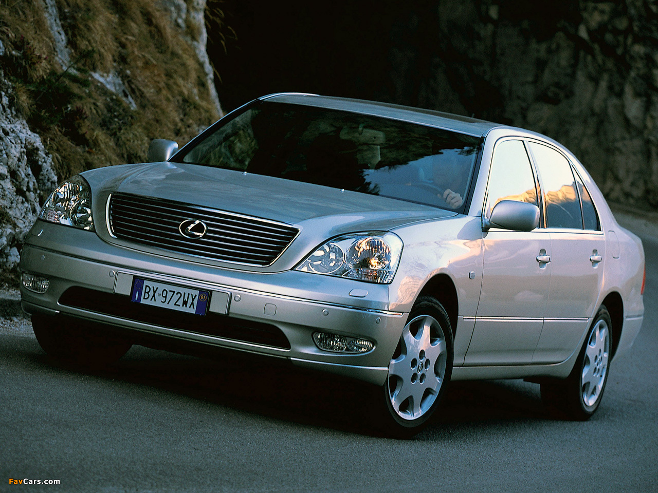 Images of Lexus LS 430 EU-spec (UCF30) 2000–03 (1280 x 960)