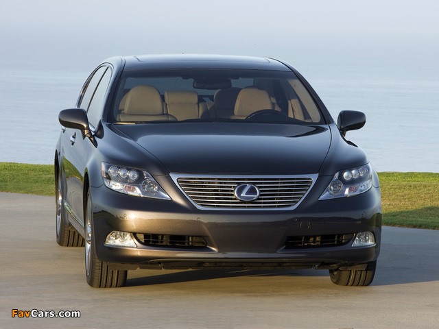 Lexus LS 600h L Pebble Beach Edition (UVF45) 2008 images (640 x 480)