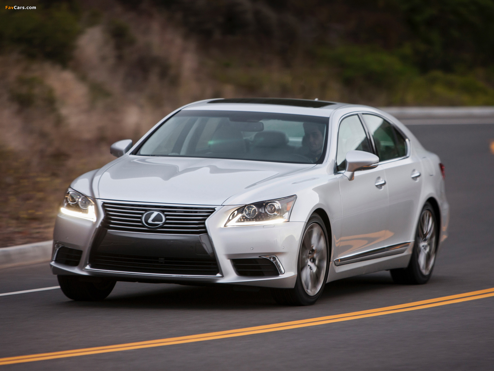 Lexus LS 460 2012 pictures (1600 x 1200)