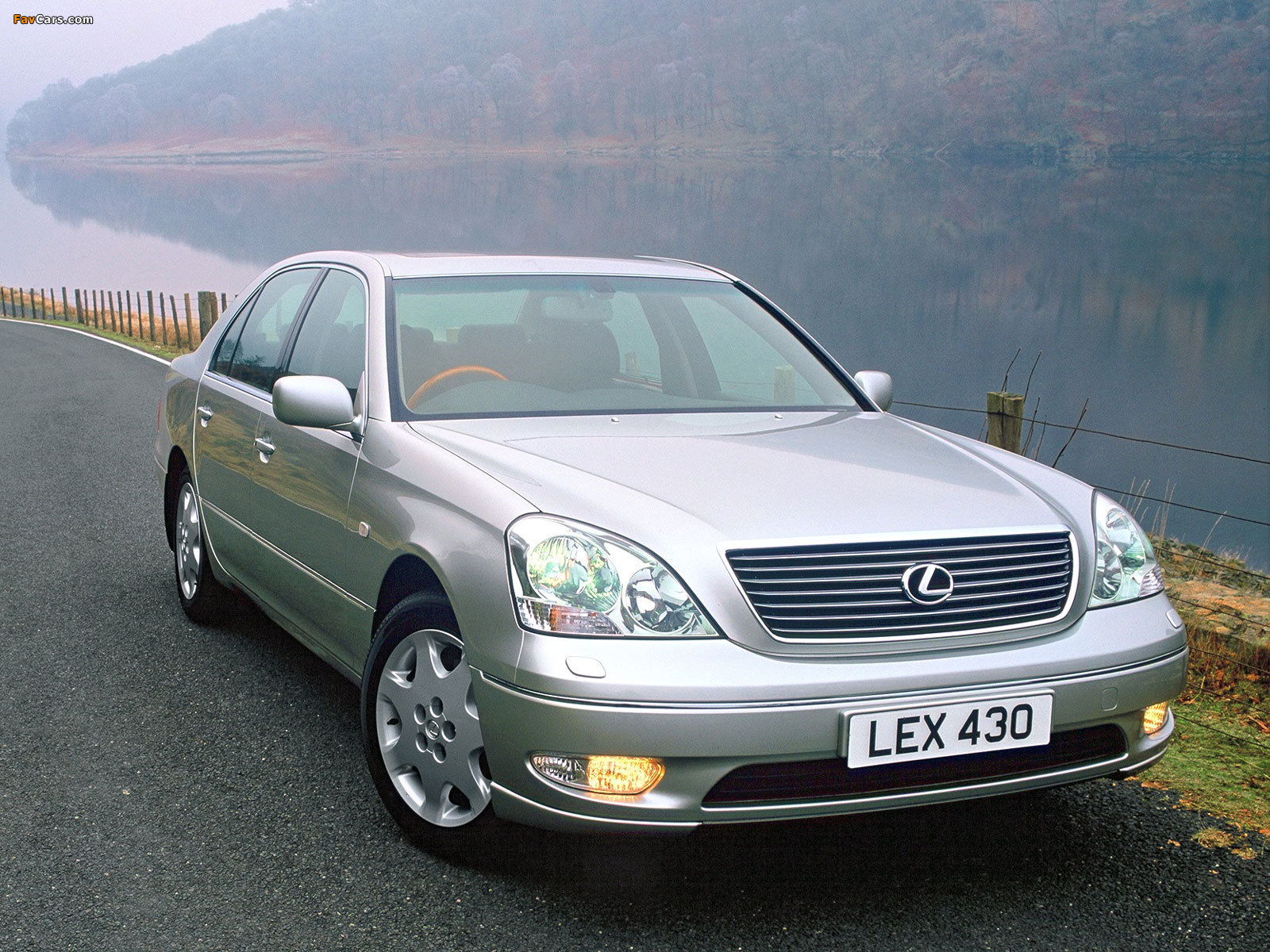 Lexus LS 430 UK-spec (UCF30) 2000–03 wallpapers (1600 x 1200)