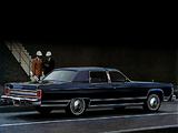 Lincoln Continental Town Car 1978 pictures