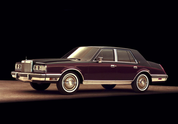 Lincoln Continental 1982–83 photos