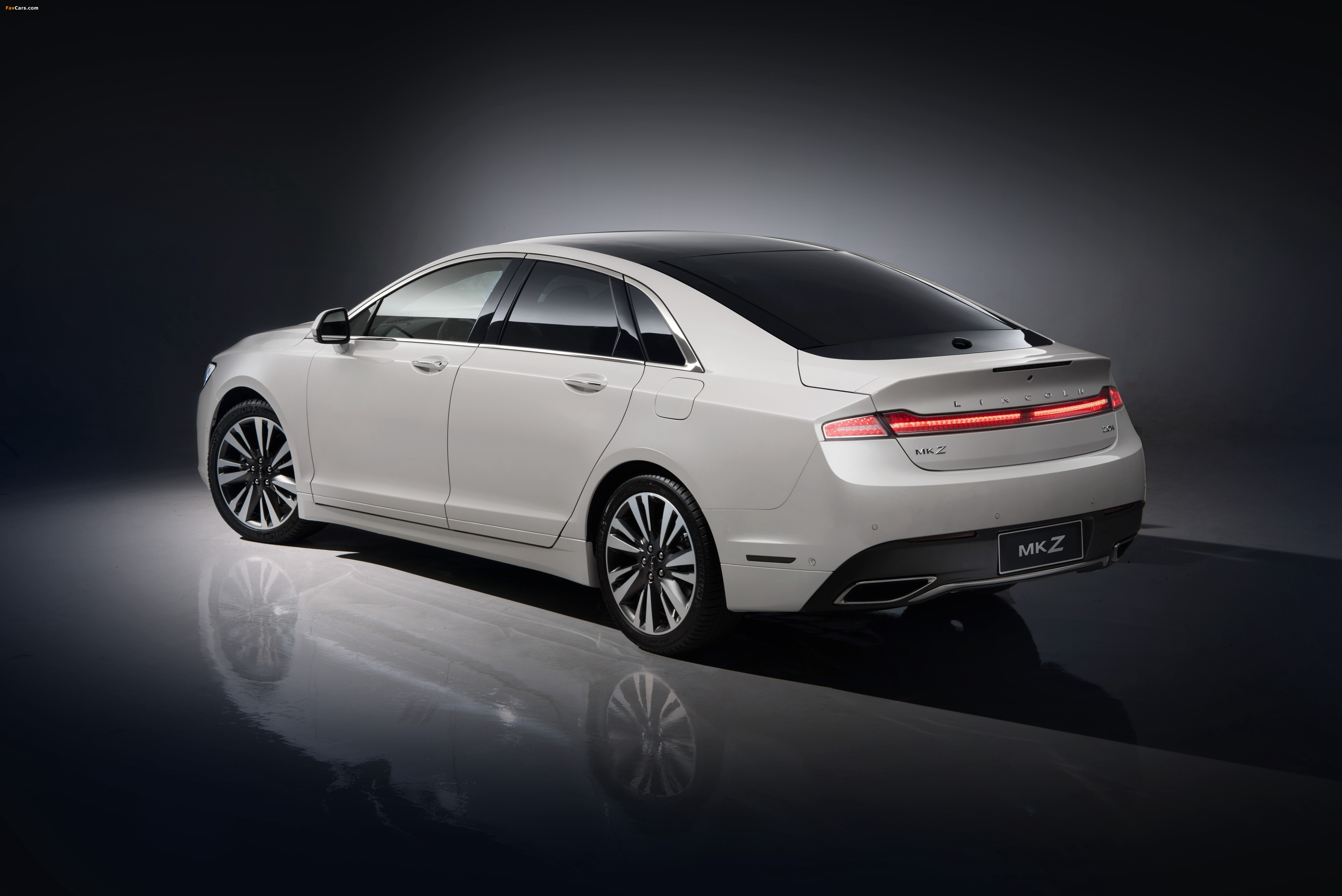 Lincoln MKZ H China 2017 pictures (4096 x 2734)