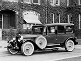 Images of Lincoln Model L Fleetwood Limousine (139) 1924