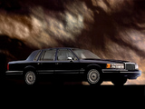 Images of Lincoln Town Car 1992–94