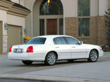 Images of Lincoln Town Car 2003–11