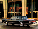 Lincoln Town Car Coupe 1981 pictures