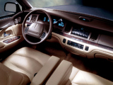 Lincoln Town Car 1994–97 pictures
