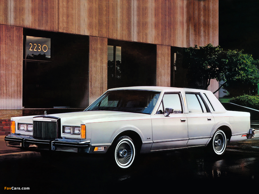 Lincoln Town Car 1981 85 Photos 1024x768