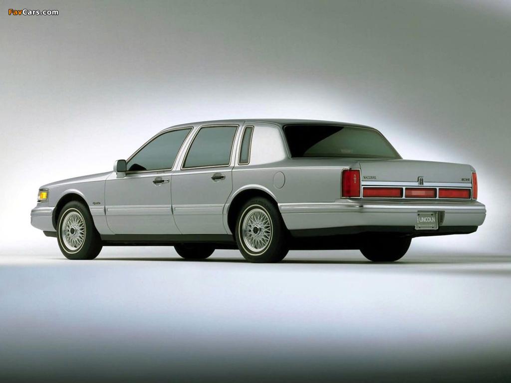 Lincoln Town Car 1994 97 Photos 1024x768