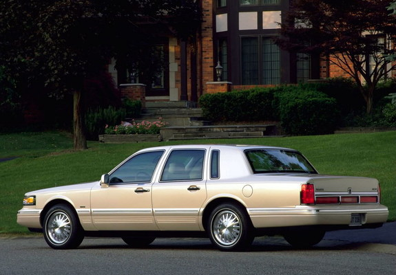 Lincoln Town Car 1994 97 Pictures