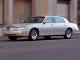 Lincoln Town Car L 1999–2003 images