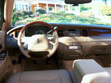 Photos of Lincoln Town Car 1998–2003