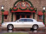 Photos of Lincoln Town Car L 1999–2003
