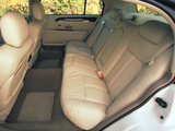 Pictures of Lincoln Town Car 2003–11