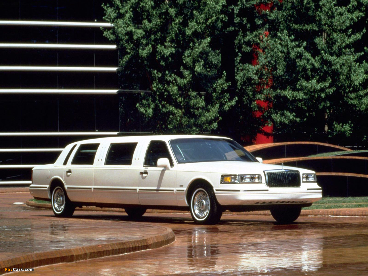 Pictures Of Lincoln Town Car Limousine 1995 97