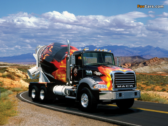 Photos of Mack Granite Mixer 2002 (640 x 480)
