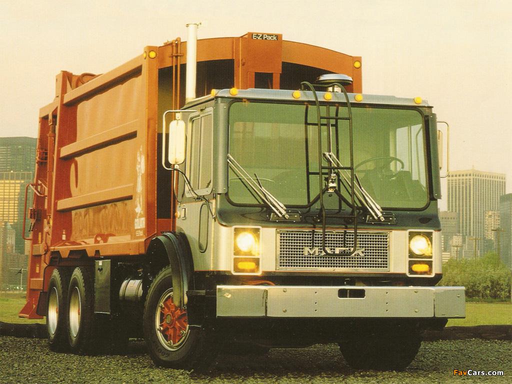 Photos of Mack MR Rolloffcon 1978–2007 (1024 x 768)
