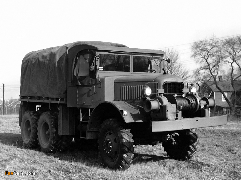 Photos of Mack NO-1 7 ½-ton 6x6 1940 (800 x 600)