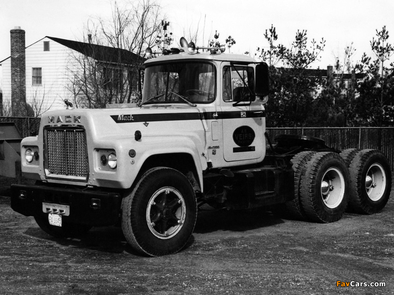 Pictures of Mack R700 1965–90 (800 x 600)