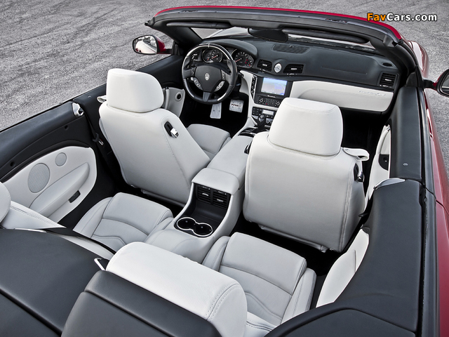 Maserati GranCabrio Sport 2012 photos (640 x 480)