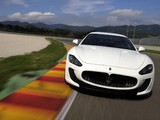 Maserati GranTurismo MC Stradale 2010–13 photos