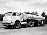 504 1965–70 photos
