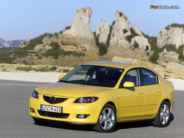 Photos of Mazda3 Sedan (BK) 2004–06 (640 x 480)
