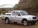 Photos of Mazda B2500 Turbo 4×4 Freestyle Cab 2002–06