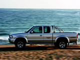 Pictures of Mazda B2500 Extended Cab 2003–06