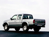 Pictures of Mazda B2500 Double Cab 2003–06