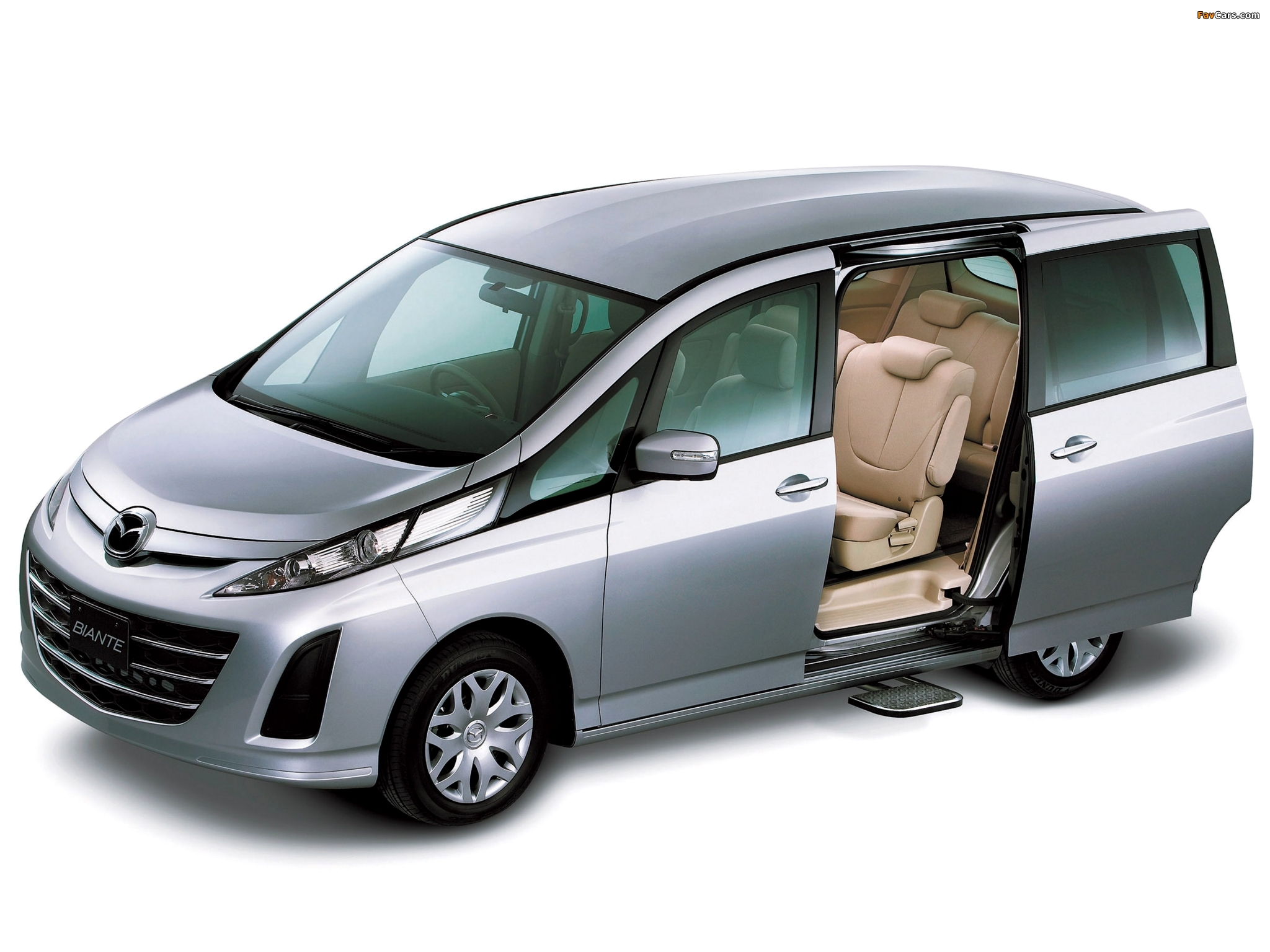 Kelebihan Mazda Biante Perbandingan Harga