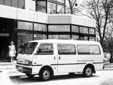 Mazda E2000 1983–89 photos