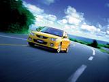 Images of Mazda Familia Sport 20 S-Wagon 2000–03