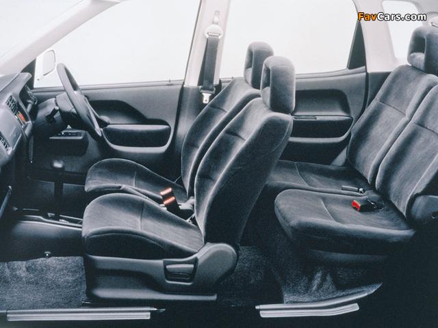 Photos of Mazda Laputa 2000–05 (640 x 480)