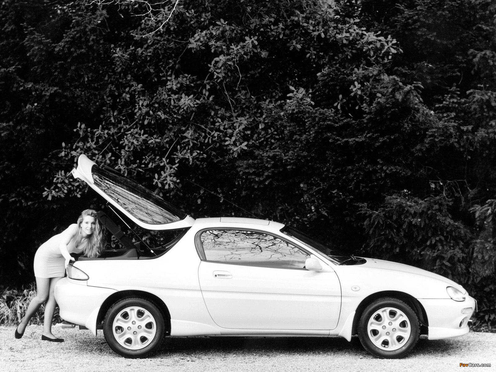 Mazda MX-3 1991–98 wallpapers (1600 x 1200)