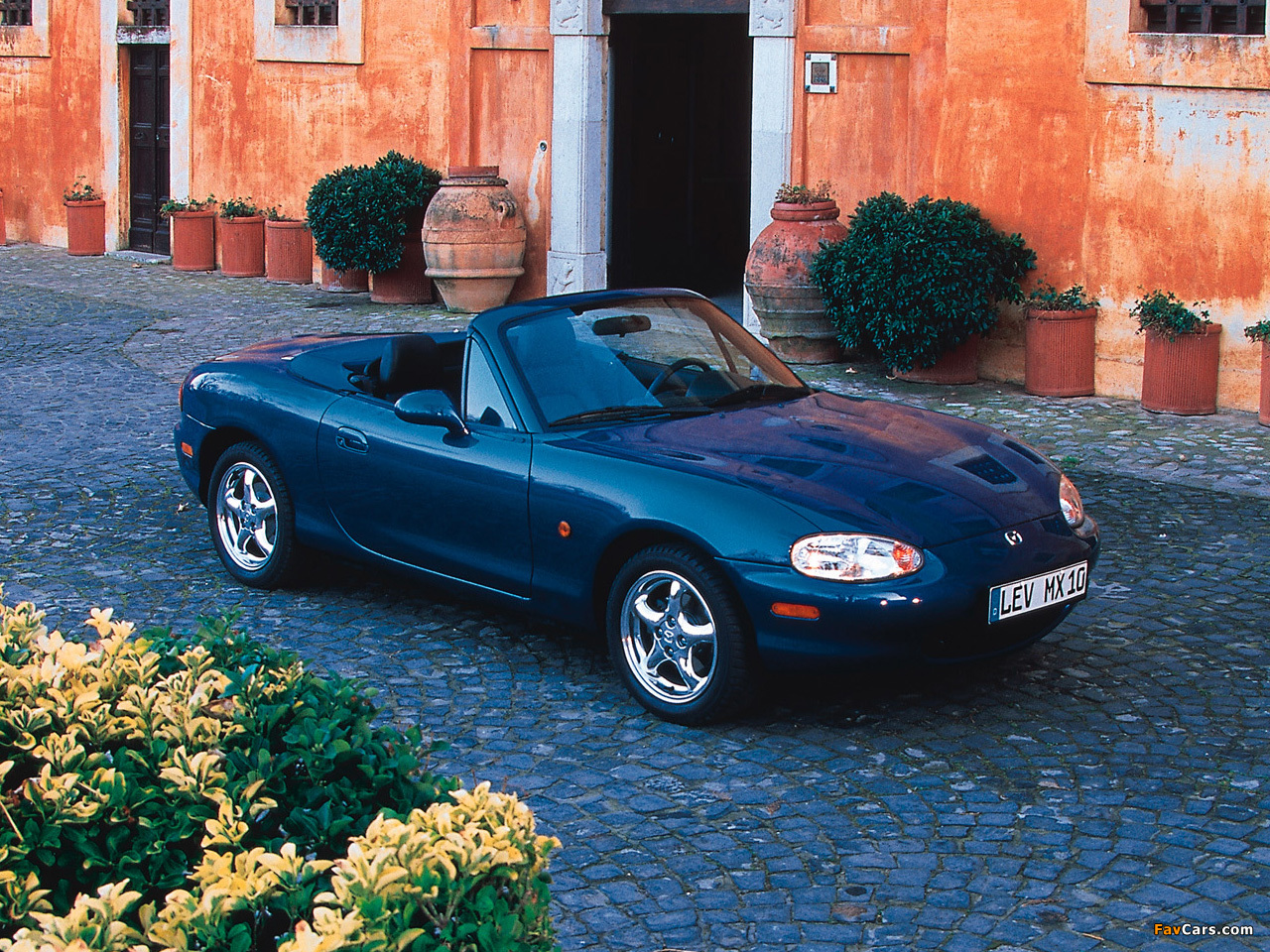 New Mazda Mx 5 Retractable Fastback 2017 Review Pictures moreover Mx 5 25th together with 2017 Mazda Mx 5rf Nyias 8 as well Mx 5 25th additionally Mx 5 25th. on mazda mx5