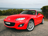 Photos of Mazda MX-5 Roadster-Coupe Sports (NC2) 2008–12