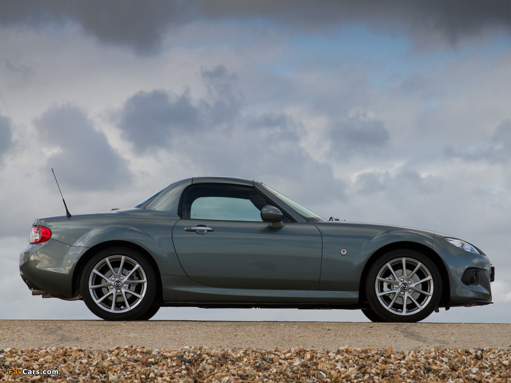 Photos of Mazda MX-5 Roadster-Coupe UK-spec (NC3) 2012 (1024 x 768)