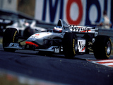 Pictures of McLaren Mercedes-Benz MP4-12 1997