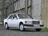 Mercedes-Benz 190 E UK-spec (W201) 1988–93 wallpapers